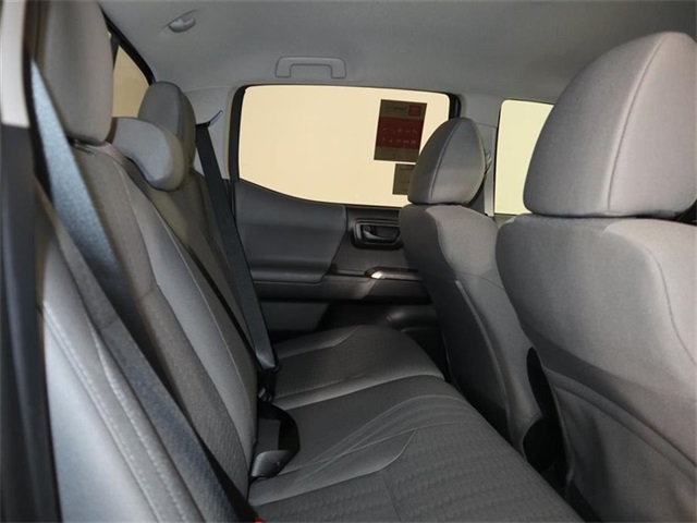 toyota pickup sr5 seats