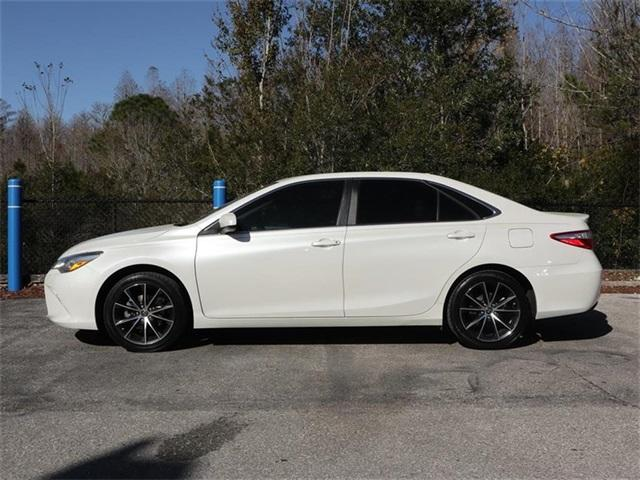 Pre-Owned 2015 Toyota Camry 4dr Sdn I4 Auto XSE