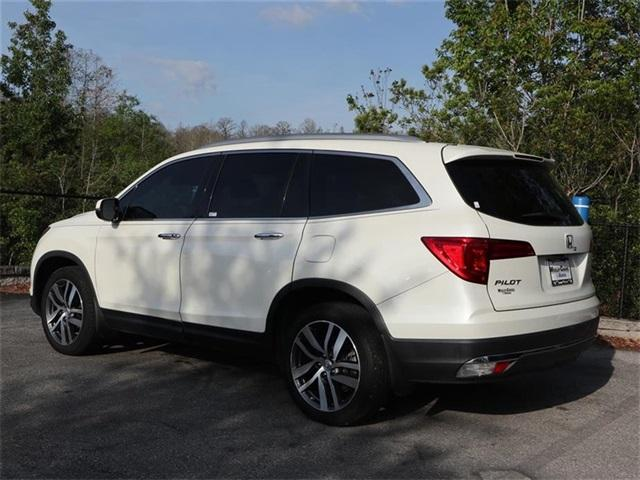 Pre-Owned 2017 Honda Pilot Touring AWD